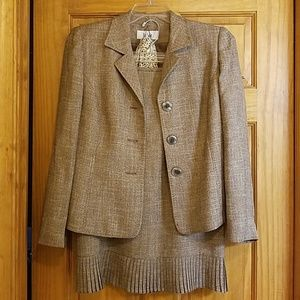 Women's Dress suit with scarf